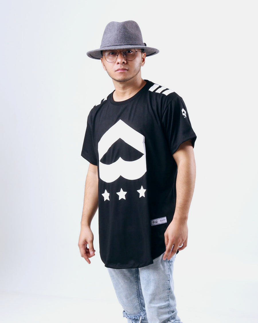 Love Army Insignia Long Tee, Black Colorway